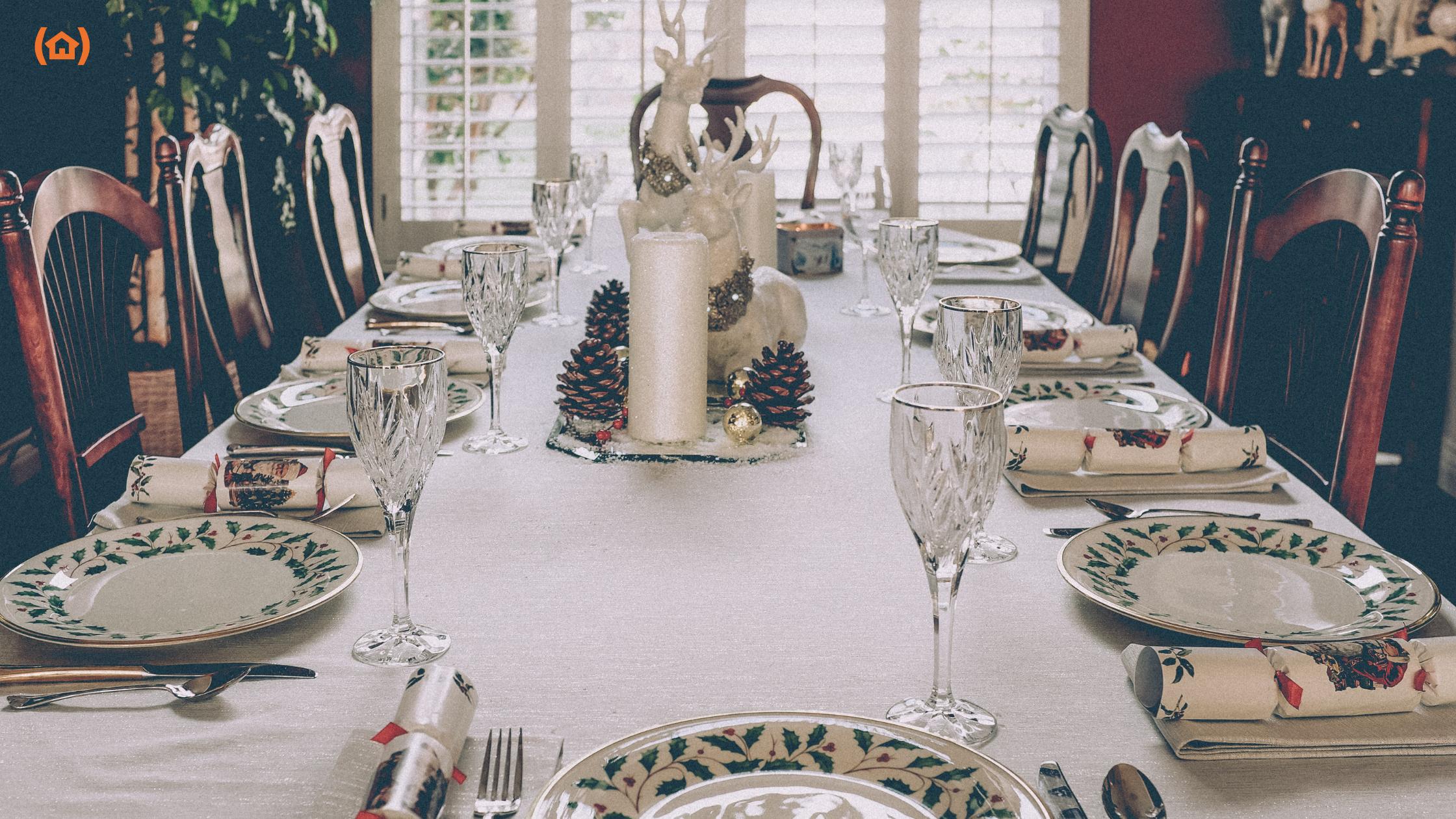Descubre los consejos para preparar una comida de Navidad adaptada a personas mayores.